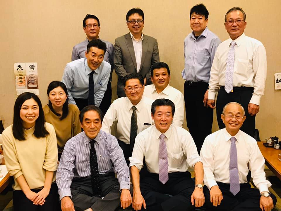社会福祉法人ユニバースアカデミーの理事会と評議員会